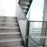 ascensore e scala in acciaio al piano sopraelevato