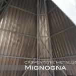 vista interna della struttura in acciaio zincato rivestita in lamiera grecata zincata