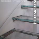 gradini in vetro su struttura inox bullonati