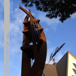 La torre campanaria vista dal basso