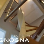 detail elica in acciaio verniciato, protezione ringhiera inox, pedata dei gradini essenza rovere