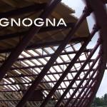 copertura palazzetto dello sport palaunimol capriate in tubolari in acciaio strutturale e legno