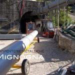 Montaggio adduzione acquedotto tubature in acciaio