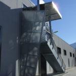 scala con tettoia per esterno - detail lamiera zincata microforata