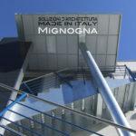 scala con tettoia materiali per esterno - lamiera zincata , microfotata , pannello sandwich - design italiano
